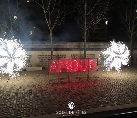 ©Soirsdefêtes - panneaux décors et soleils pour une réception privée, Paris 2018