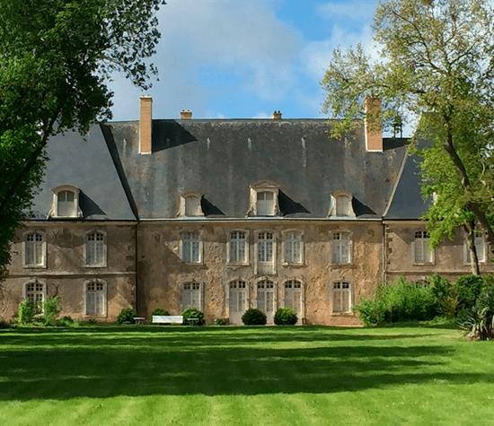 Château façade parc