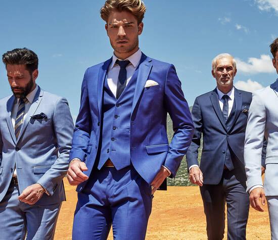 © Sébastian Mittermeier / Ultra bleus : Camaïeu de bleus de costumes 2 pièces en laine Father & Sons