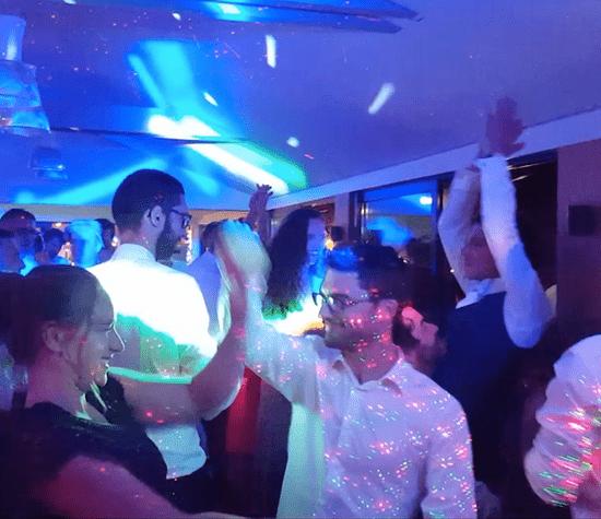 Mariage. Jeux de Lumières soirée dansante. Gîte de Remoulin. Nostang