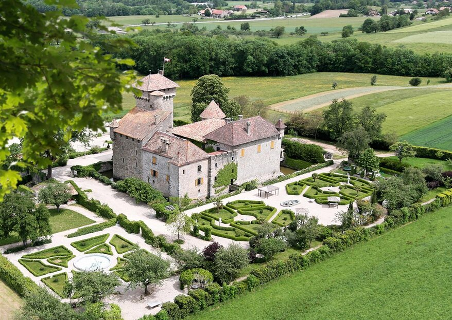 Un château féodal et des jardins somptueux : mariage romantique et féerique garanti
