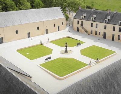 Domaine de la Cour des Lys ****