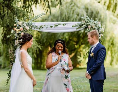 Wedding By Fabiola - Officiant de cérémonie laïque à Paris